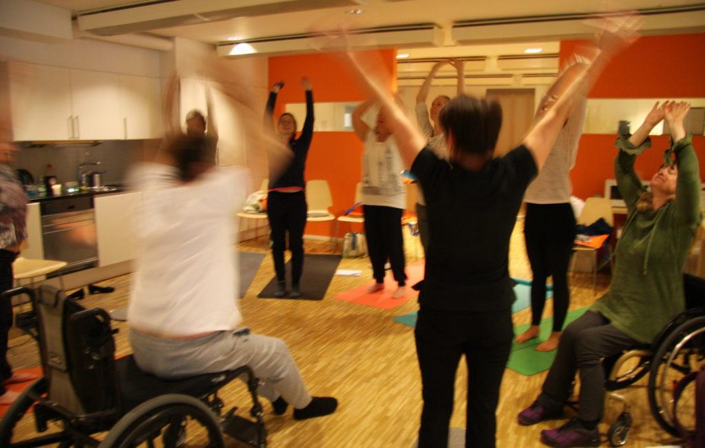 Anpassad Yoga för alla